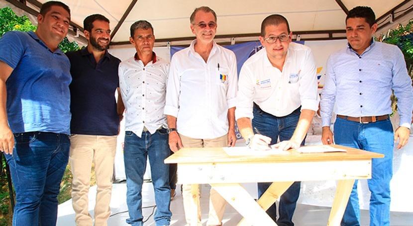 Colombia pone marcha 2 convenios mejorar servicio agua potable Atlántico