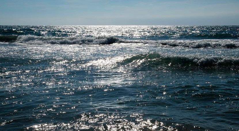 Diseñado nuevo material que extrae agua potable y litio H2O marino