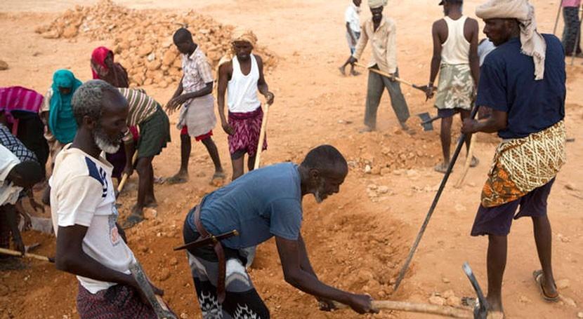 ¿Cómo superar desafíos relacionados agua agricultura?