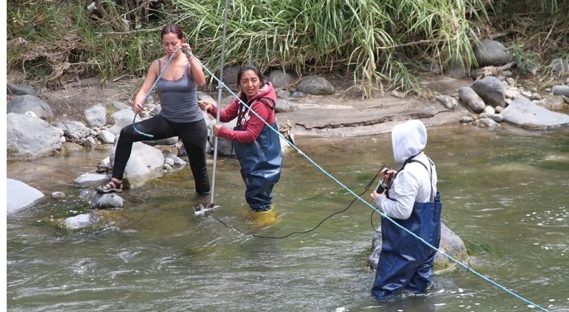 Ecuador realiza talleres campo fortalecer planificación hídrica