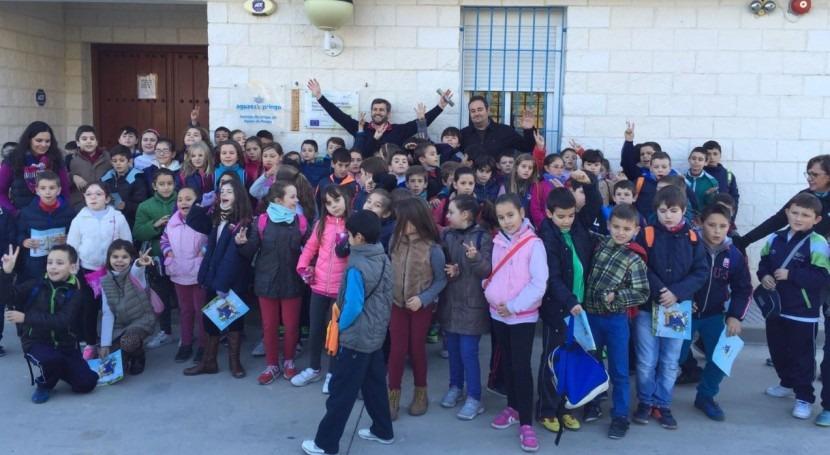 Aguas priego enseña depuradora niños colegio Ángel Carrillo