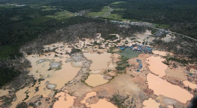 Perú: minería ilegal, bomba desactivar