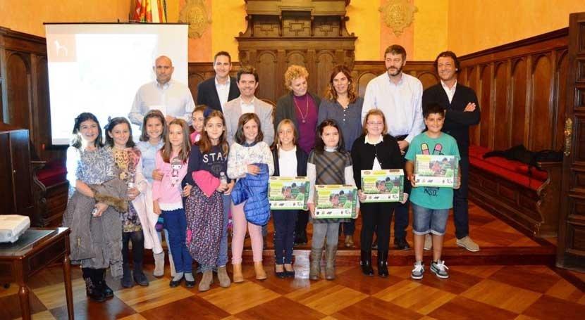 Cuatro escolares Huesca, finalistas Concurso internacional dibujo infantil Aqualia
