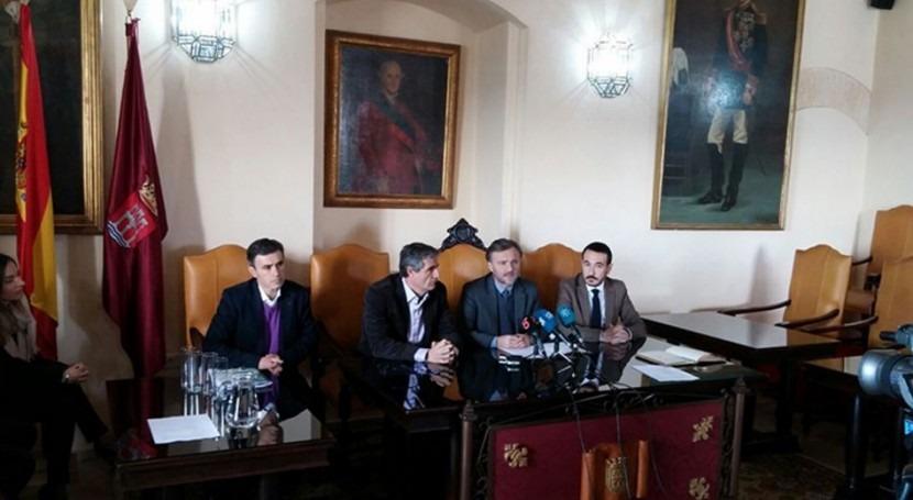 Gobierno andaluz colaborará mejora depuradora Arcos Frontera