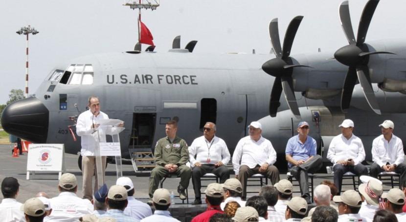 avión Cazahuracanes EEUU visita México y ambos países colaboran hidrometeorología