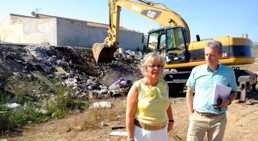Málaga inicia retirada residuos sólidos urbanos arroyos