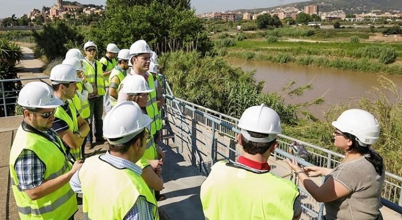 Hidraqua y Fundación Aquae convocan 32 becas realizar estudios Escuela Agua 2018