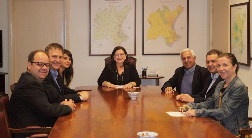 delegación brasileña visita CHJ conocer gestión hídrica española