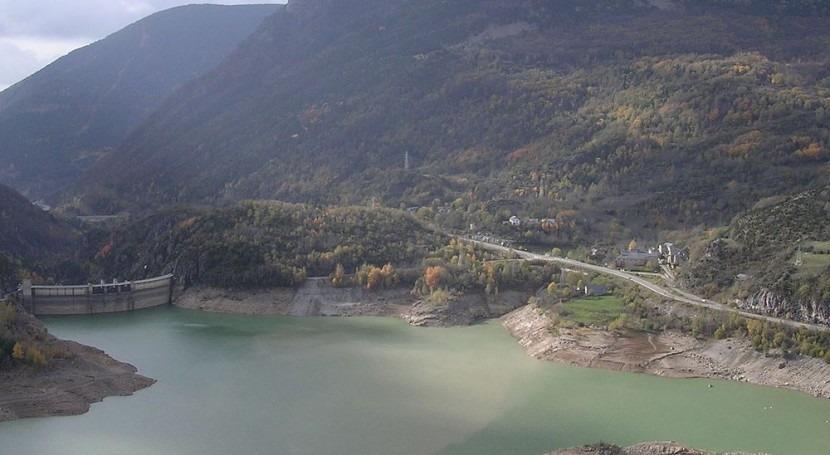 regantes Alto Aragón piden exclusiva agua embalses Búbal y Luanza