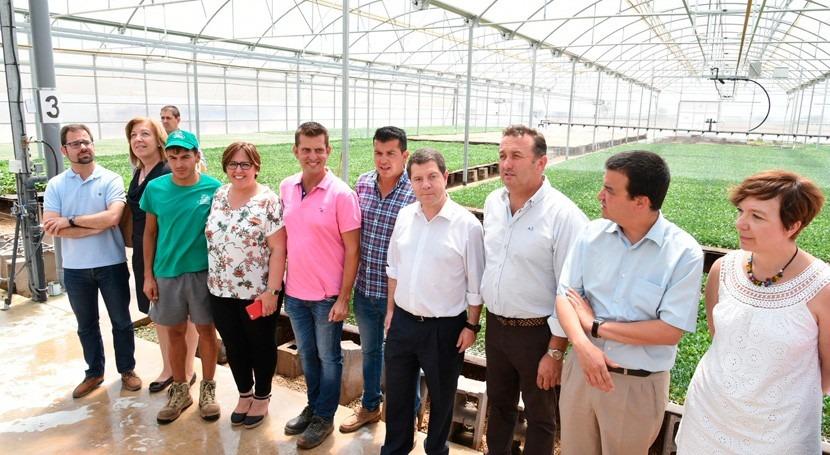 """"""" agricultura que hoy estamos viendo no sería posible si no hubiera acceso al agua"""""""