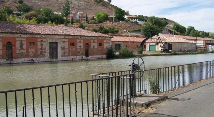 Se convoca concesión inmuebles Dársena Canal Castilla