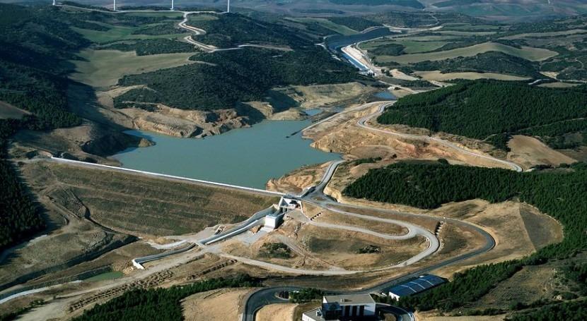 Obras en el Canal de Navarra