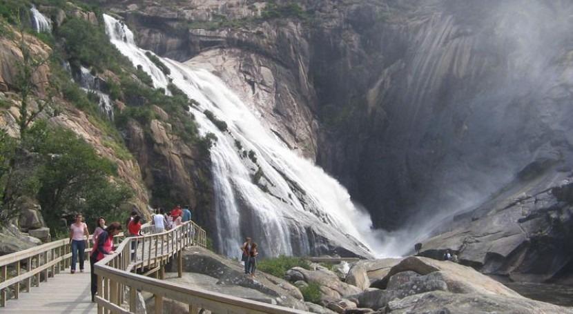 Cascada del Ézaro (Xosema en Wikipedia http://bit.ly/11bsxr4)