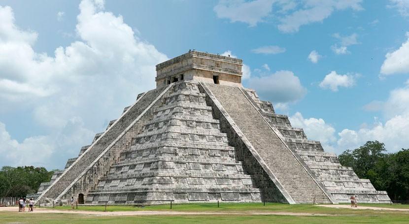 Descubren cenote pirámide Kukulkán Chichén Itzá