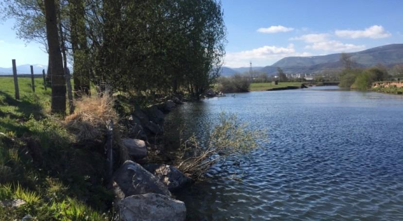 Finalizados trabajos conservación río Ebro aguas arriba embalse Ebro