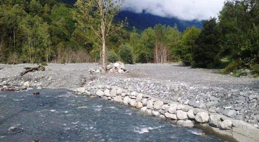 CHE y ACA invierten 60.000 euros adecuar tramo río Joéu Es Bórdes