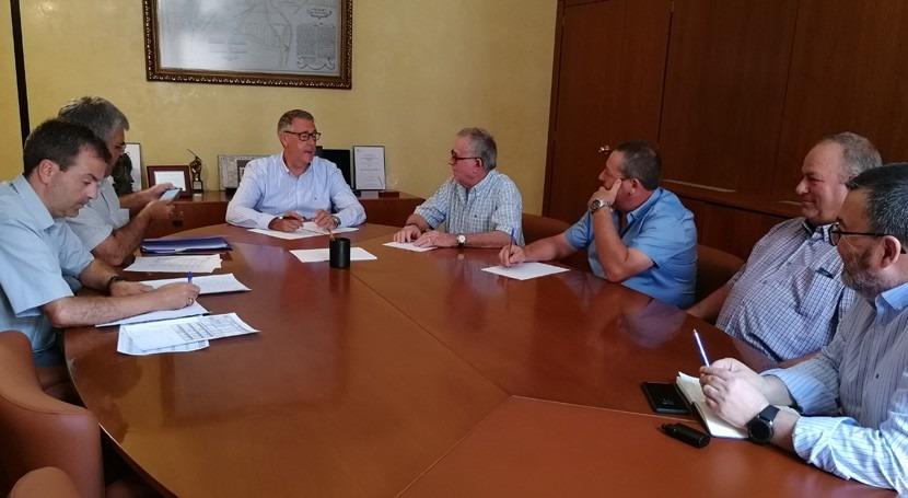 Mario Urrea se reúne regantes Juzgado Privativo Aguas Orihuela