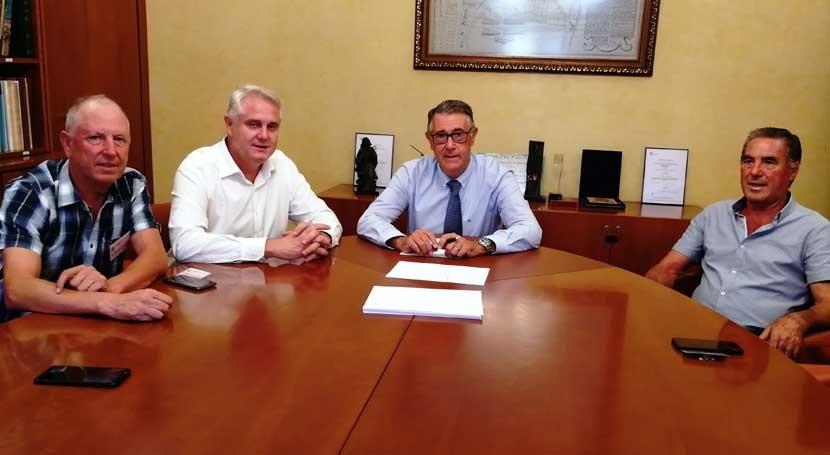 presidente CHS se reúne alcaldes Campos Río y Albudeite