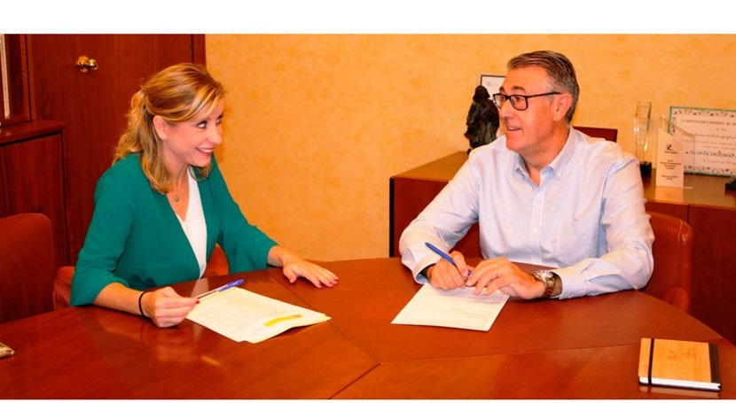 Mario Urrea trata gestión hídrica alcaldesas Puerto Lumbreras y Molina Segura