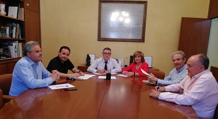 presidente CHS atiende demandas Grupo Acción Local Sierra Segura