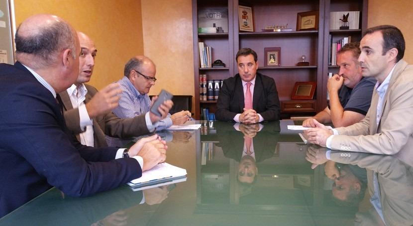 CHT analiza situación administrativa concesión aguas Losar Vera