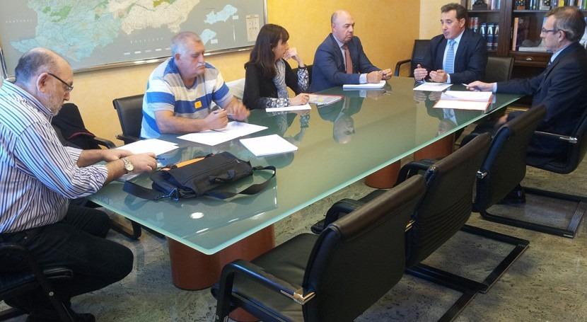 CHT se reúne sindicatos marco Pacto Nacional Agua