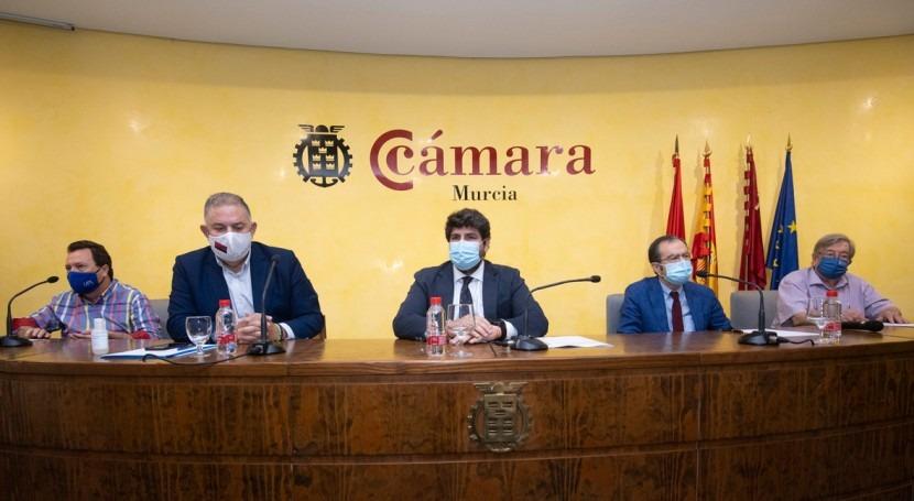 """López Miras afirma que hará """"lo que sea necesario"""" evitar cierre trasvase"""