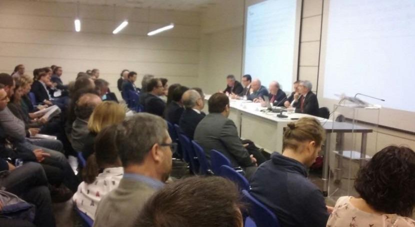 futuro gestión agua pasa colaboración público-privada