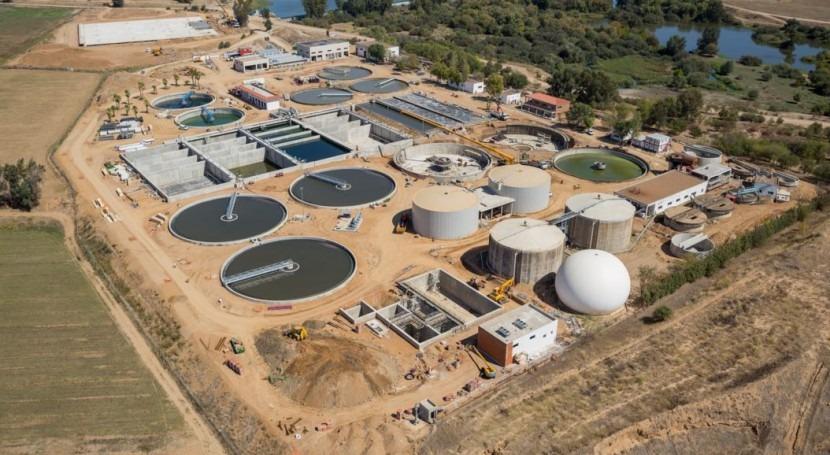 Presentadas 61 ofertas relizar obras colector carretera Olivenza, Badajoz