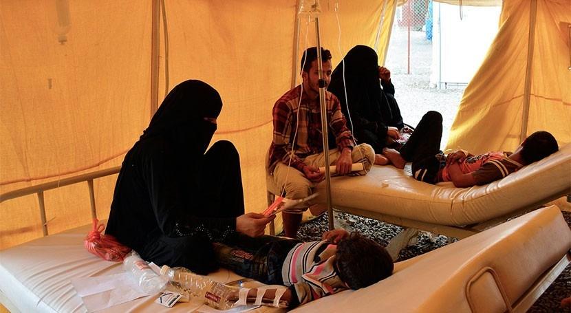 cólera afecta 370.000 personas y 5.000 más enferman diariamente Yemen