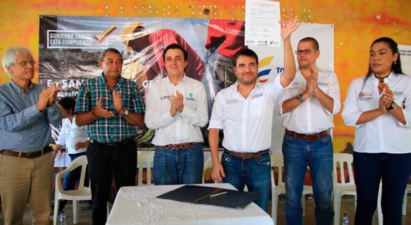 Gobierno Colombia realiza inversiones millonarias agua y vivienda Guajira y Cesar