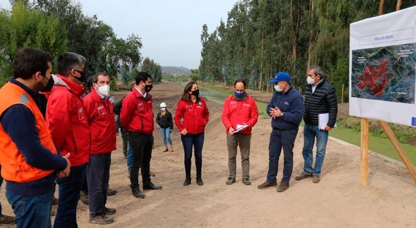 autoridades chilenas destacan llegada sistema riego al secano región Valparaíso