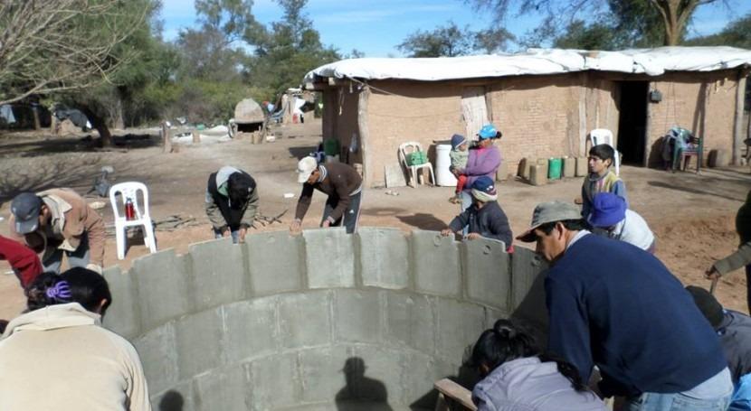 Agua y saneamiento rural Argentina: respuestas ' plástico' 'hechas durar'