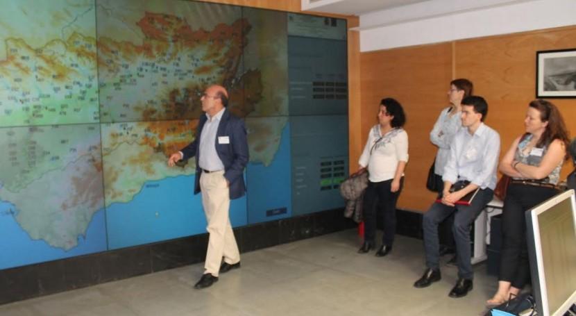delegación Sistema Europeo Alertas Inundaciones visita CHG