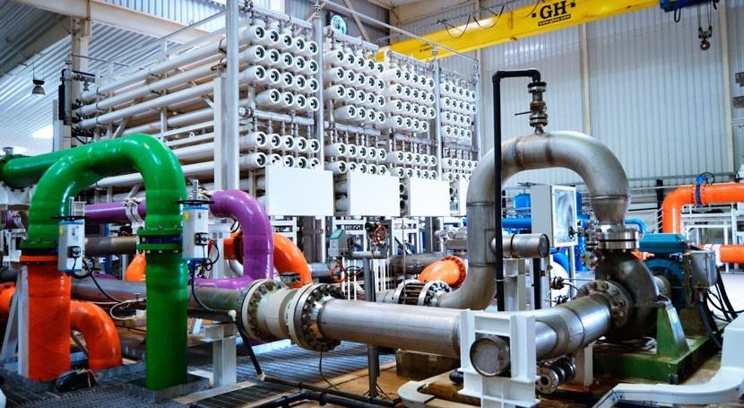 Imagen del interior de la planta desaladora de Accra (Autor: Fernando Bajo Dasca)