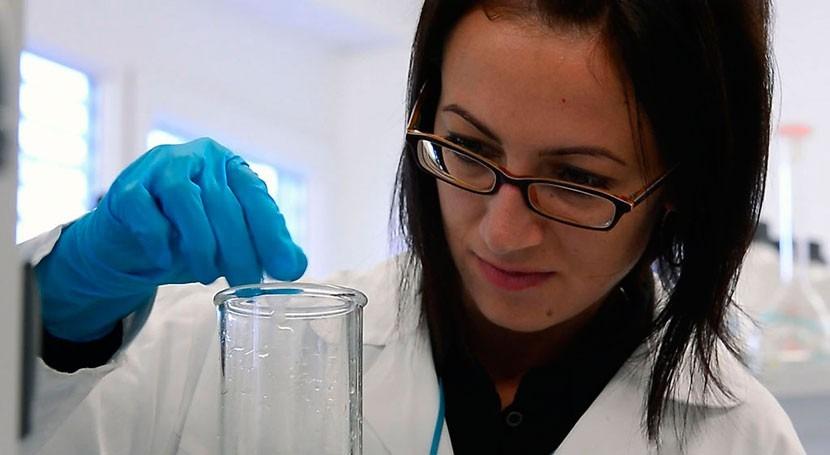 Escasa representación mujeres sector ingeniería mundo
