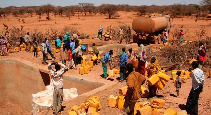 6,5 millones niños podrían morir hambre sequía Cuerno África