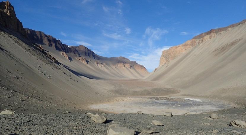 lago salado antártico se ajusta hidrología teorizada Marte