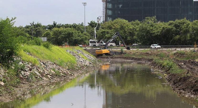 Continúan trabajos dragado y realineamiento río Juan Díaz