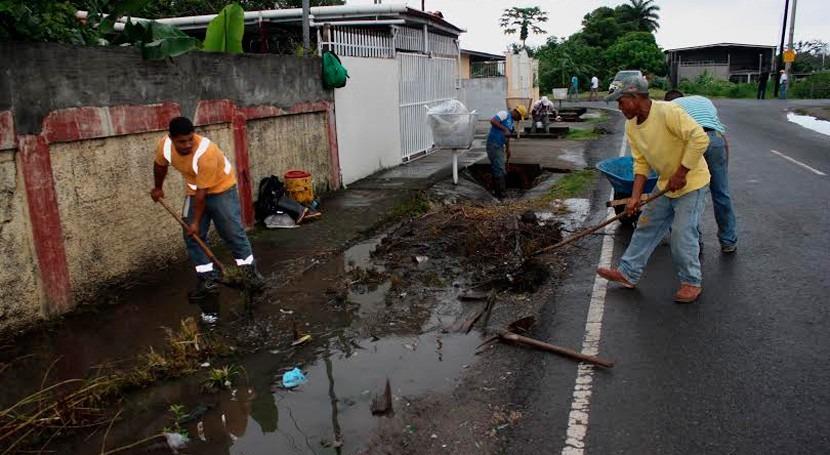 Panamá mantiene programa dragado ríos minimizar inundaciones