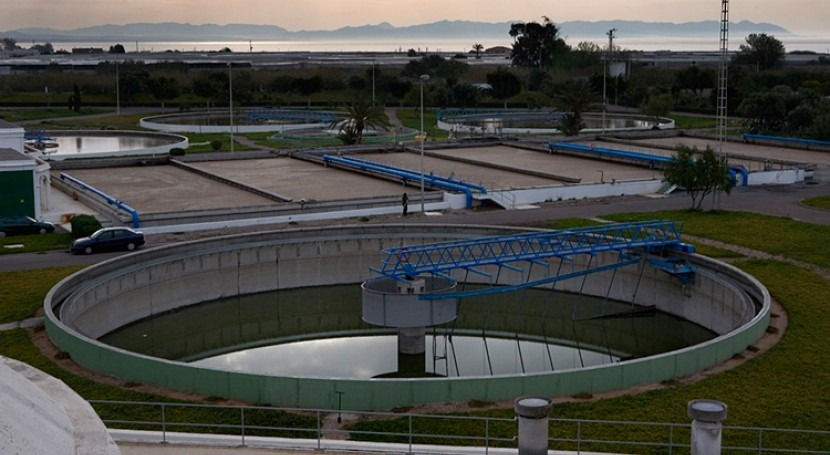 Problemas diseño EDAR: Decantadores proceso biológico fangos activos