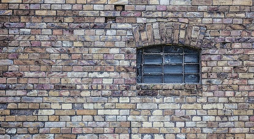 OMS avisa riesgos estancamiento agua edificios cerrados Covid-19