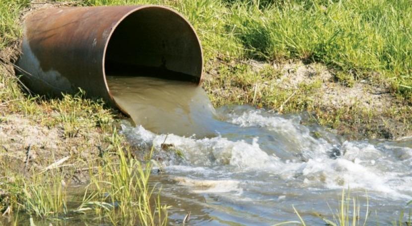 Riego agrícola agua regenerada