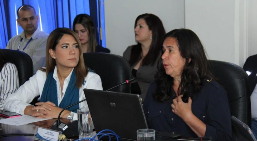 Gobierno Salvador destaca importancia gestión pública agua