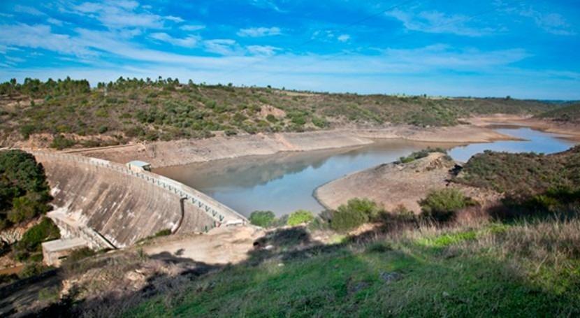 Aguas Huelva asegura que turbidez detectada agua no impide consumo