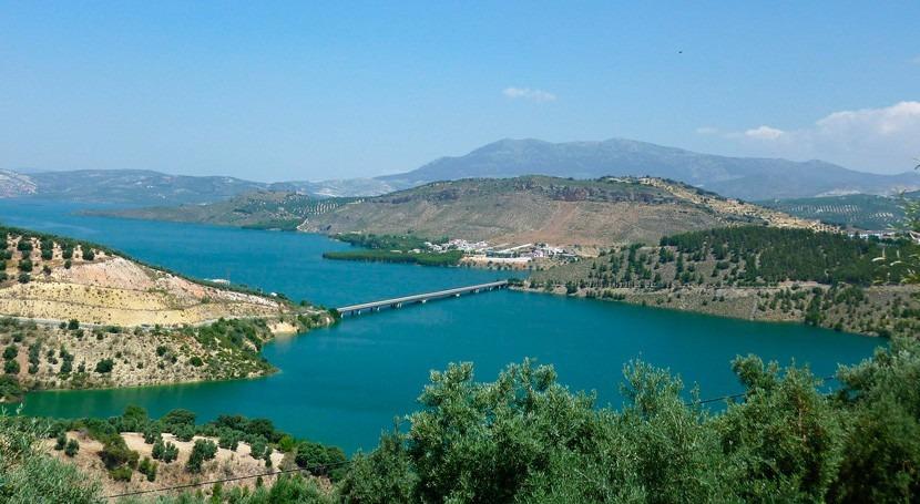 problema agua Posadas y Almodóvar no proviene embalse Iznájar, CHG