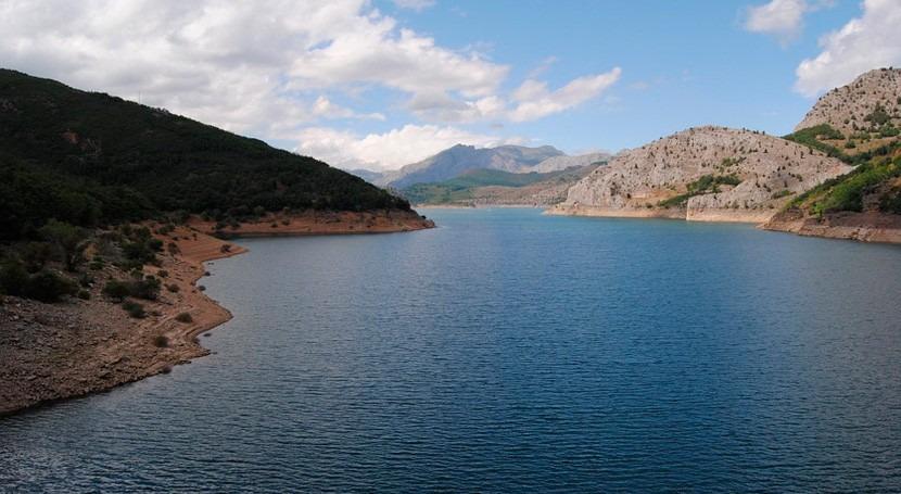año hidrológico está siendo 2% más seco lo normal