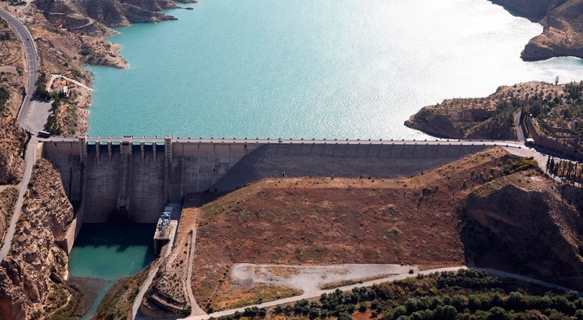 CHG licita 6,4 millones euros obras impermeabilizar embalse Negratín