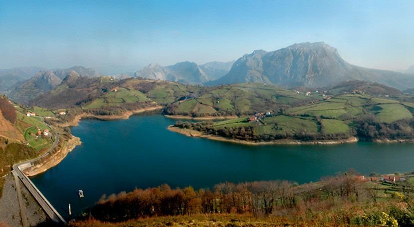 Asturias inicia saneamiento Foz, Collada y Mazas, Morcín, 102.700 euros