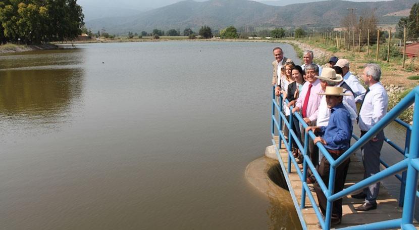 Gobierno chileno inaugura embalse riego localidad Rautén